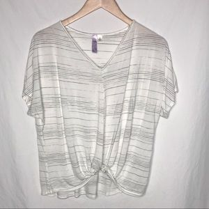 Alya knotted front short sleeve top